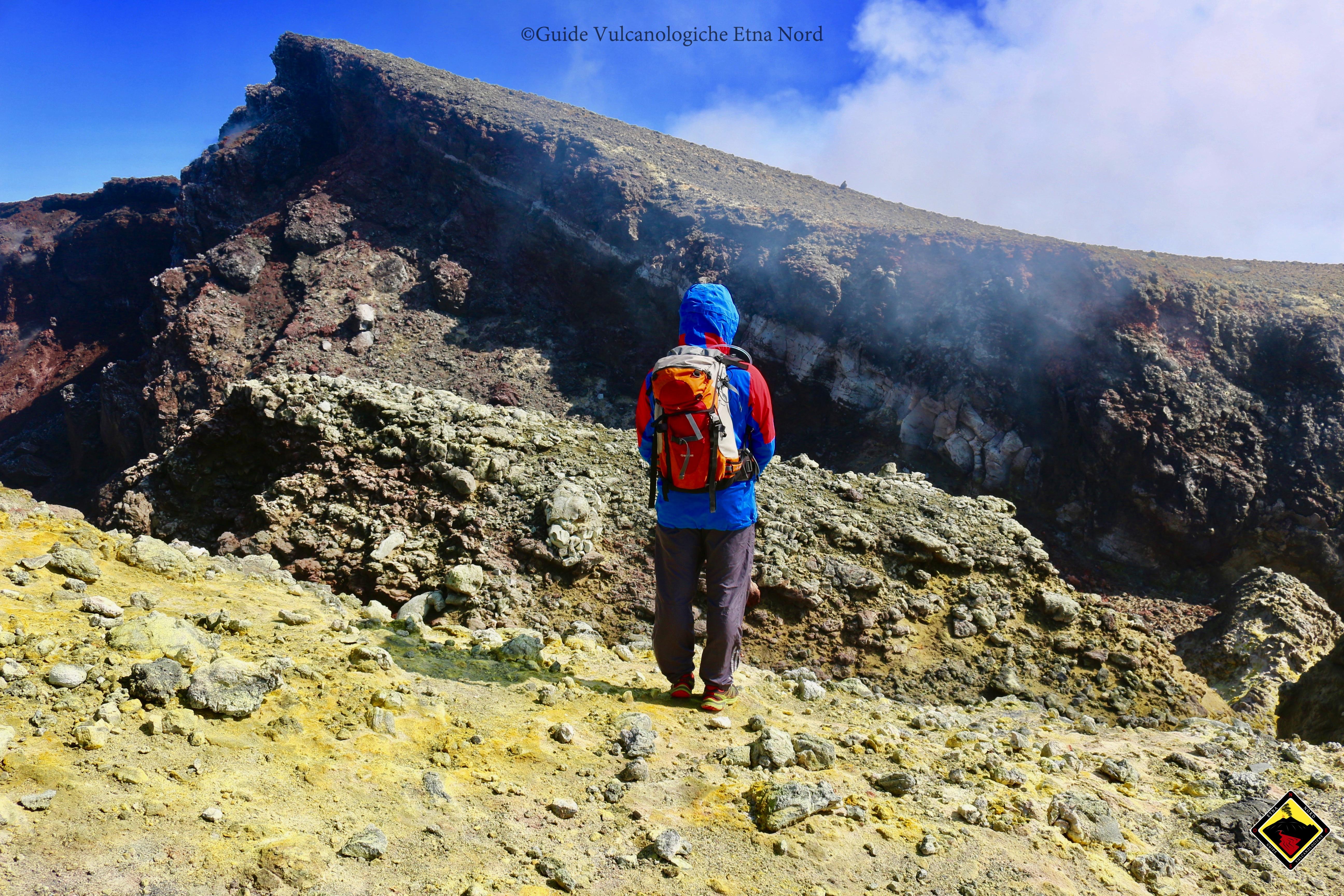 Escursione ai crateri sommitali da nord a piedi guide for Planimetrie da 1200 piedi quadrati