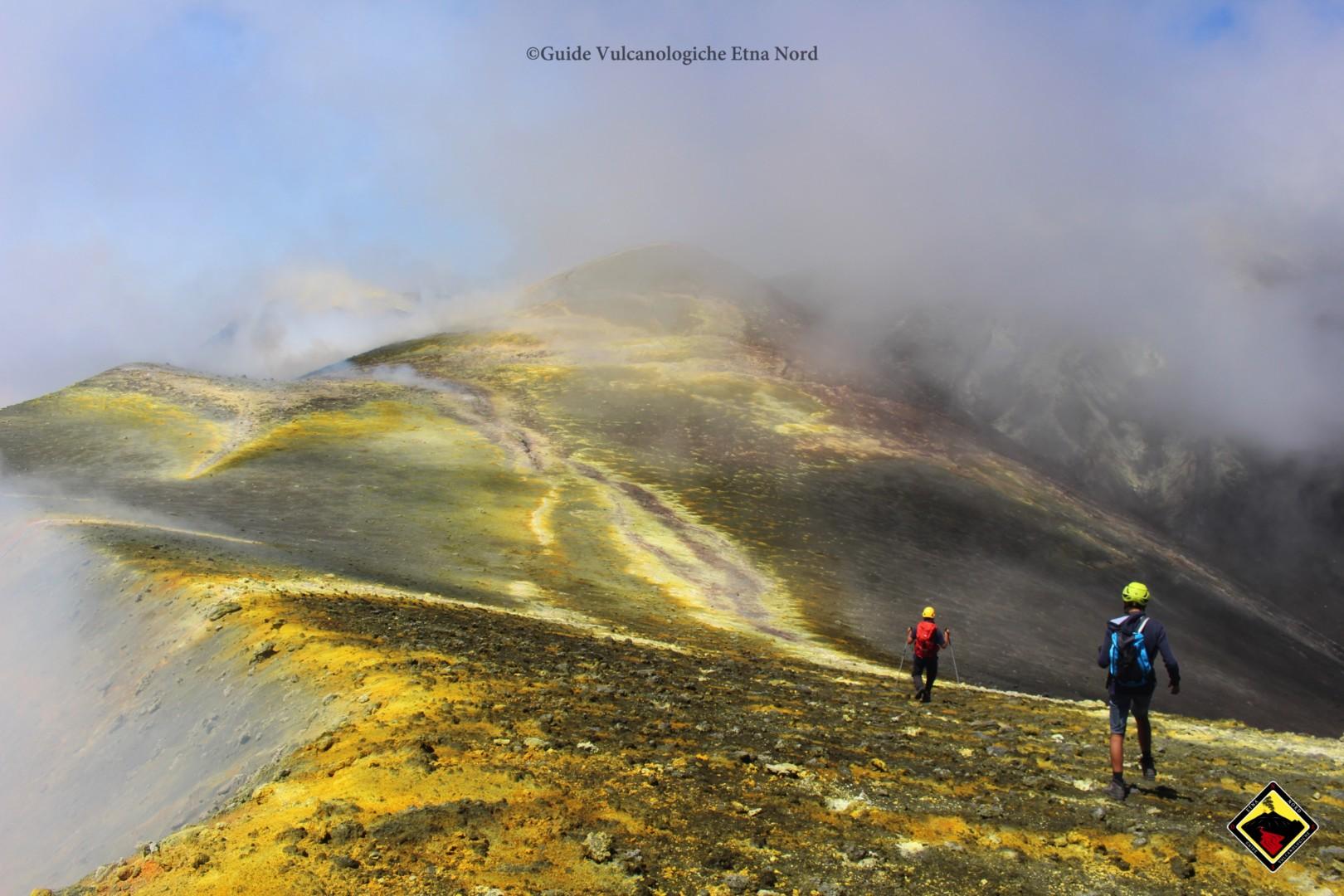 Lo spettacolo dei Crateri Sommitali