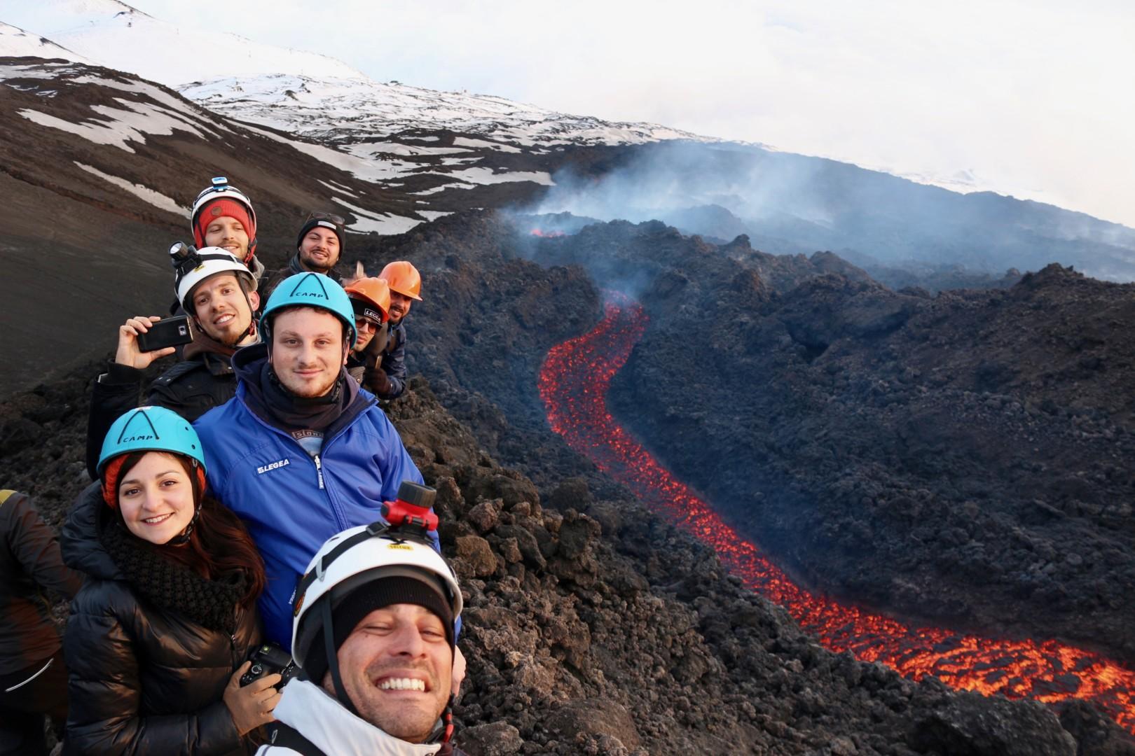 Escursione sull'Etna in eruzione