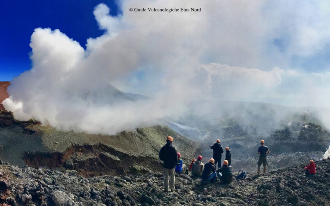 Escursione ai Crateri Sommitali Etna Nord | Jeep 4×4 (solo andata) + ritorno a piedi