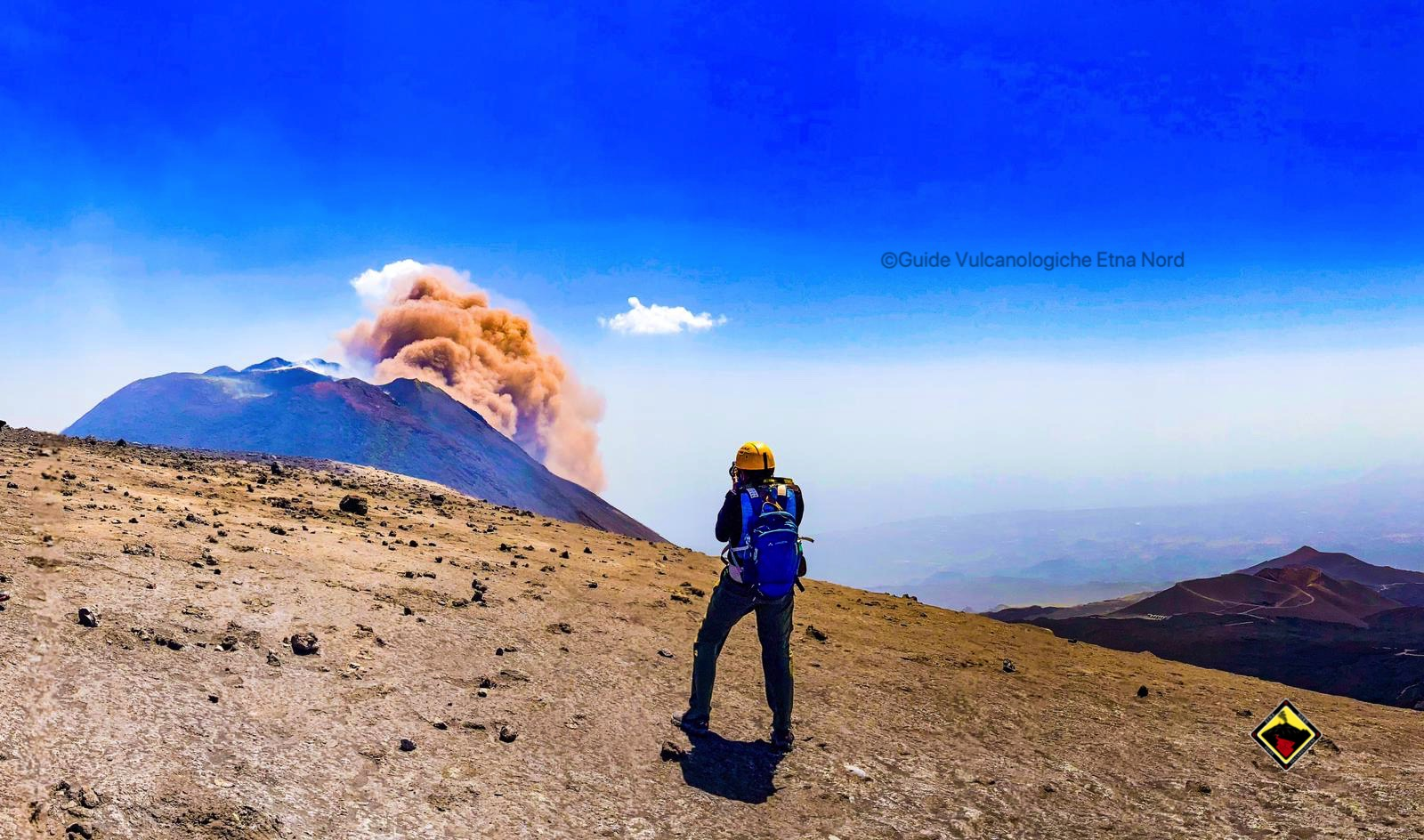 Ti serve una guida per salire in cima all'Etna??