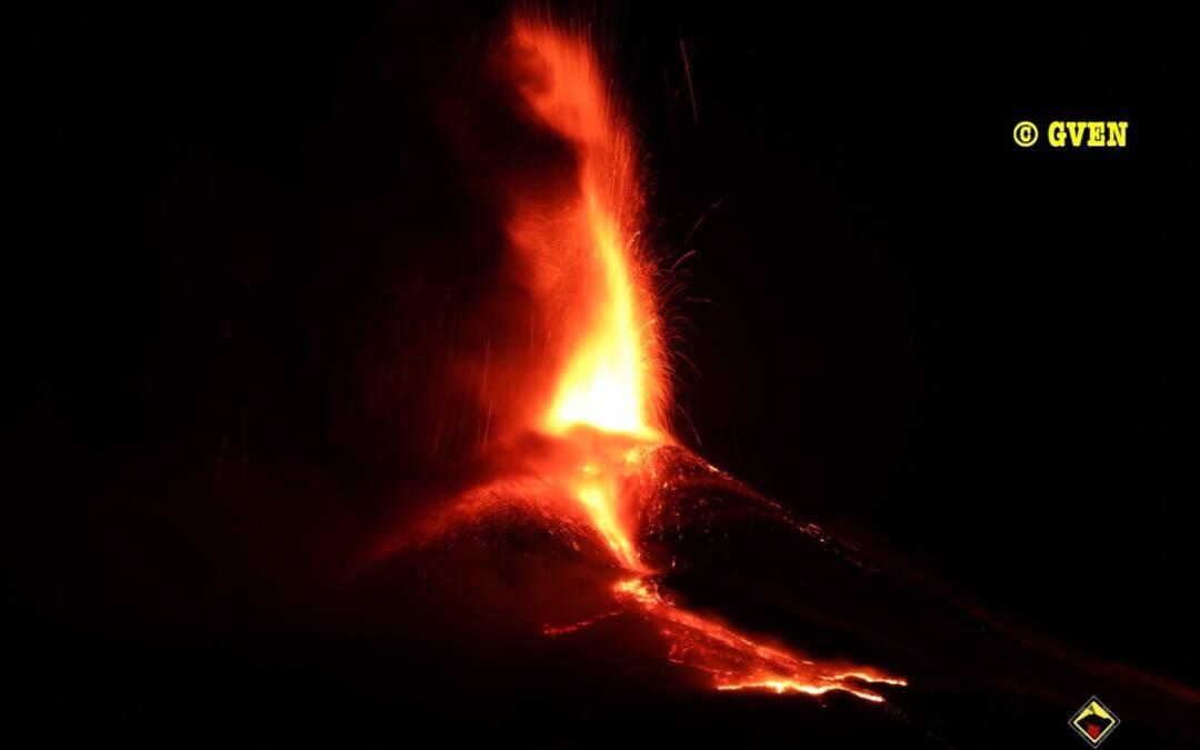 Aggiornamento attività eruttiva dell'Etna : Eruzione parossistica al Cratere di Sud Est del 24 marzo 2021
